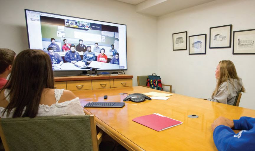collaborative classroom synchronous meeting
